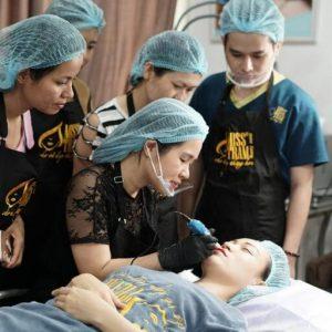 misstram vien tham my dao tao phun xam chat luong 768x512 1